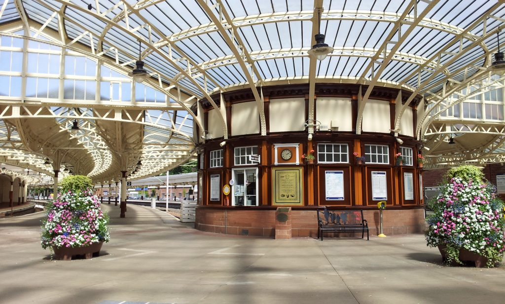 Wemyss Bay: Concourse in July 2016 after the most recent restoration [Copyright: Brenda Campbell:Friends of Wemyss Bay Station]